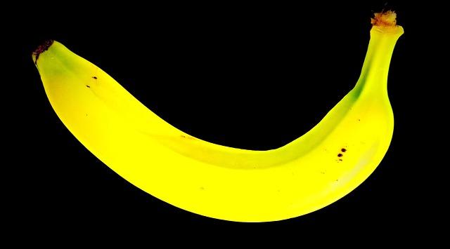 banana-2002541_640